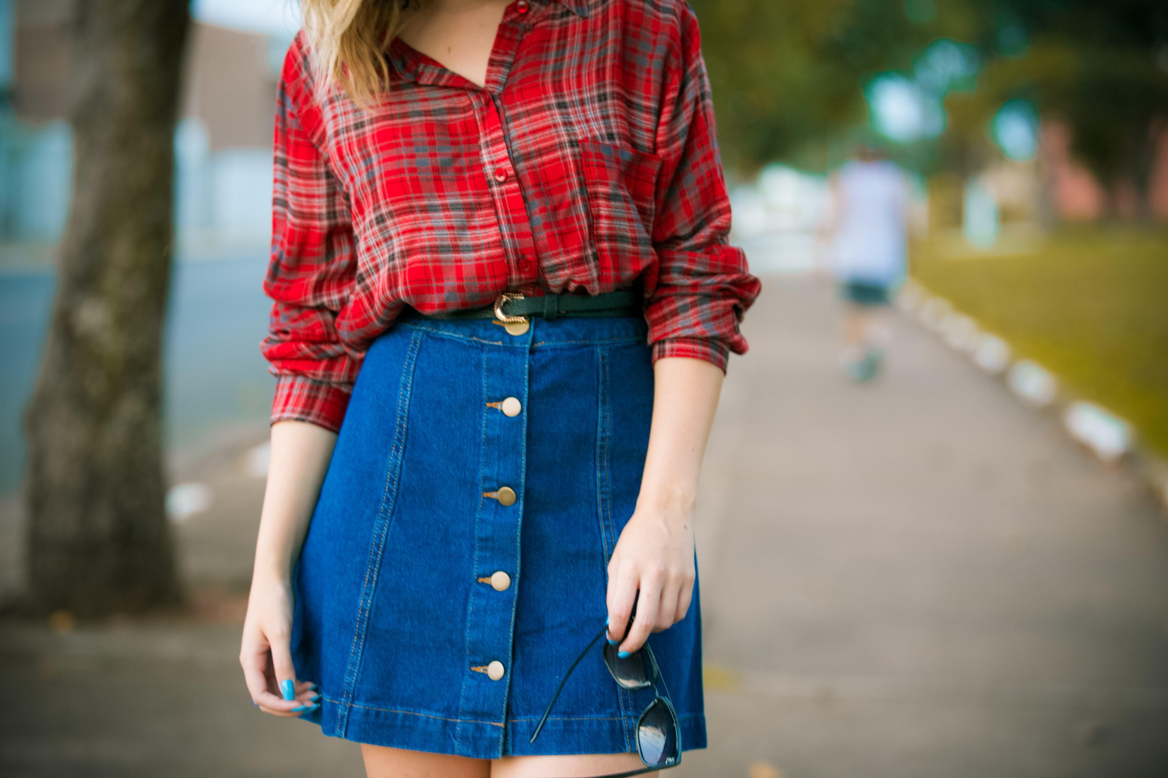 Saia jeans e Camisa xadrez